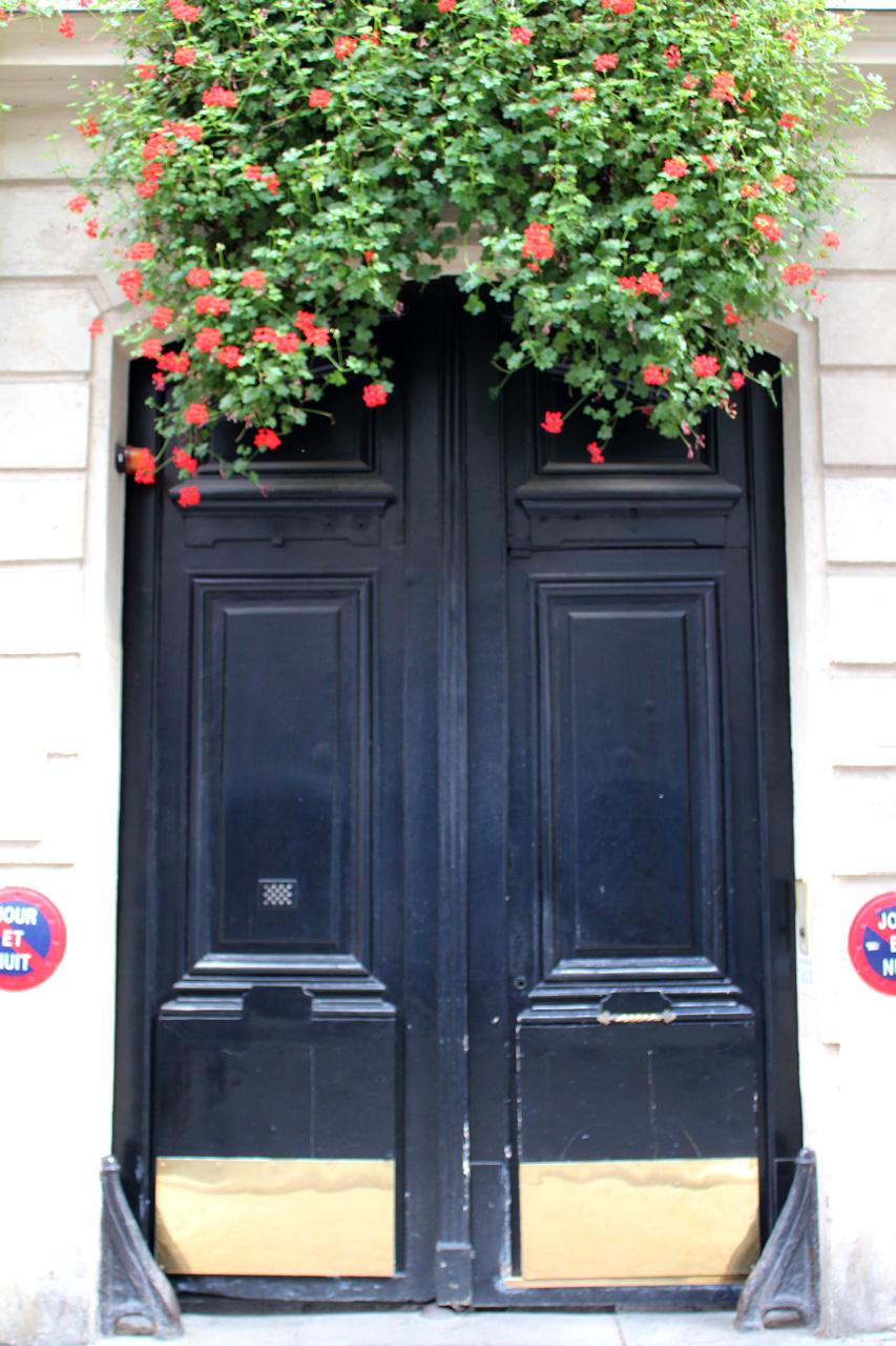 flowers-door