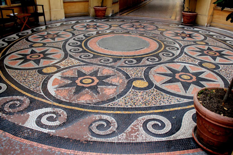 galerie-vivienne-floor