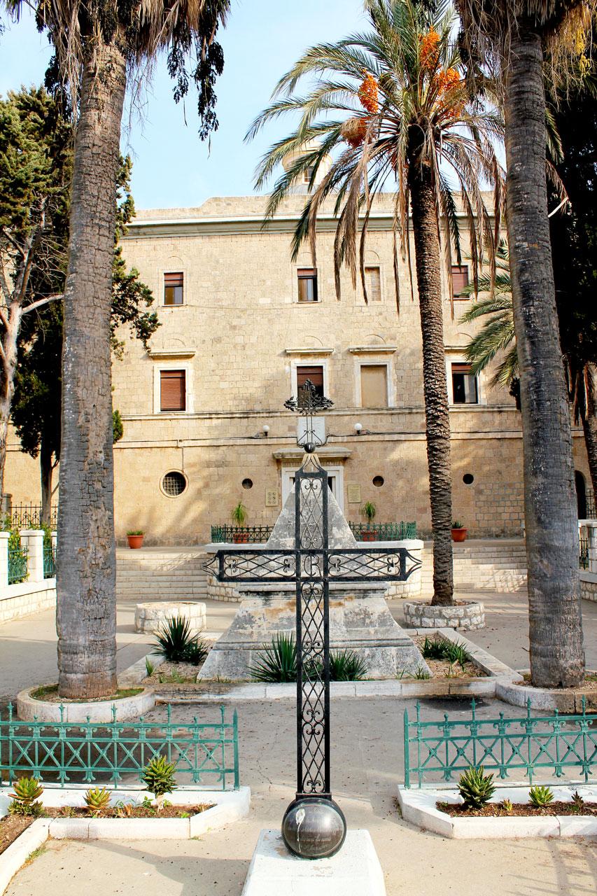 Cross outside Monastery, Haifa