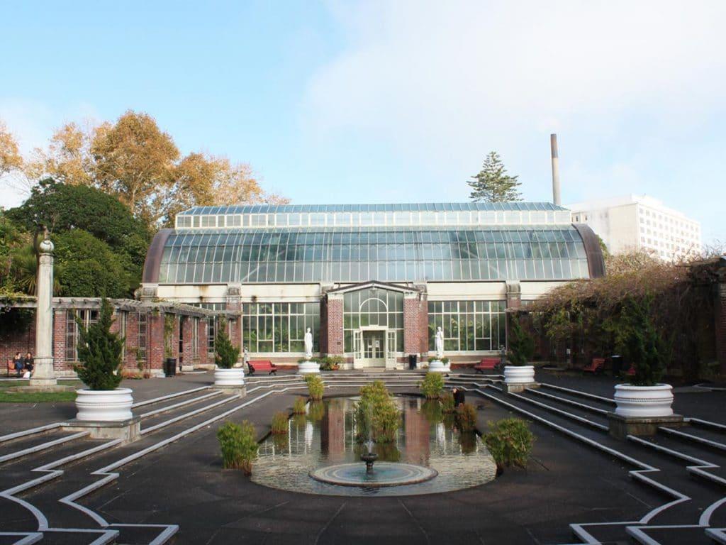 Auckland Domain Wintergardens & Fernery2 min read