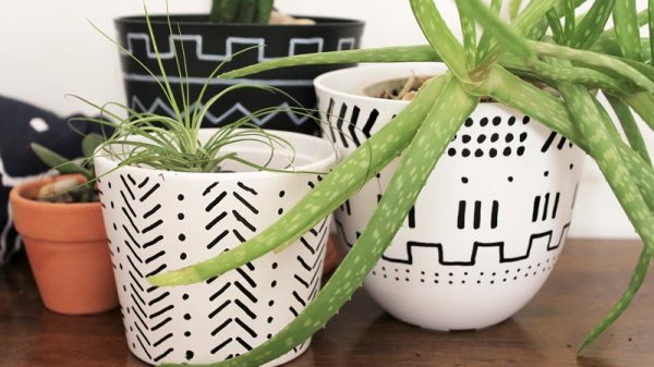 DIY mudcloth inspired planters | Dossier Blog