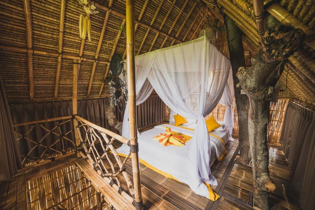 Eco Tree House, Amed, Bali via Booking dot com | Dossier Blog