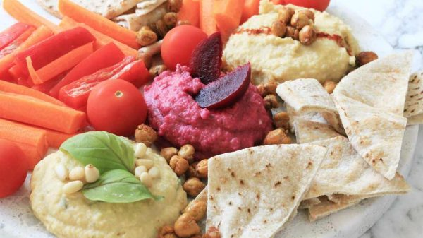 Healthy hummus three ways recipe | Dossier Blog