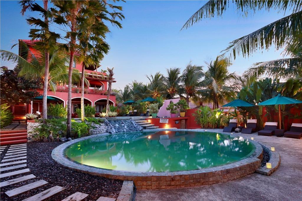 PinkCoco hotel in Uluwatu | Dossier Blog