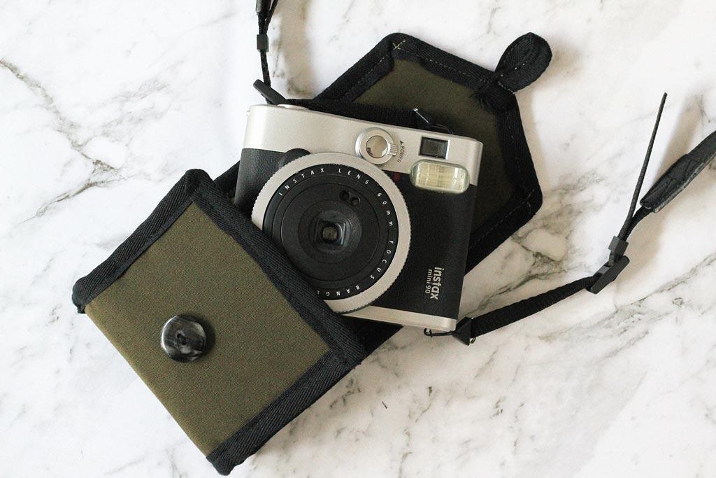 DIY Fujifilm Instax camera bag tutorial | Dossier Blog