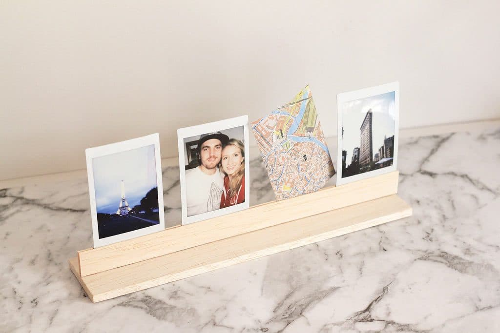 DIY Wooden Photo Stand out of Balsa Wood - no power tools needed! A great way to display Instax instant photos | Dossier Blog