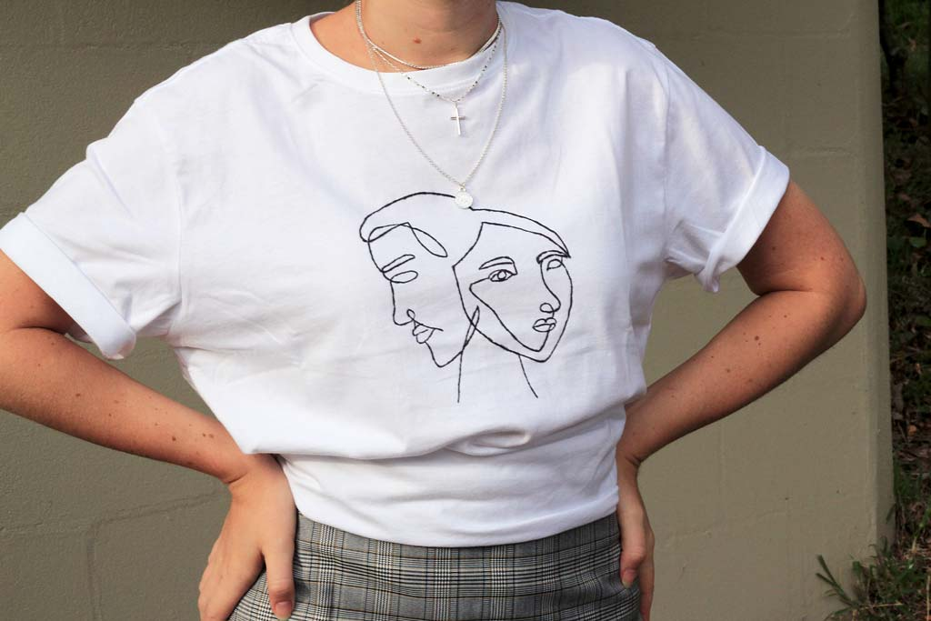 DIY line art t-shirt | Dossier Blog