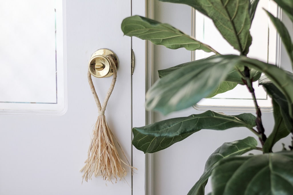 How to make a wrapped raffia door tassel | Dossier Blog