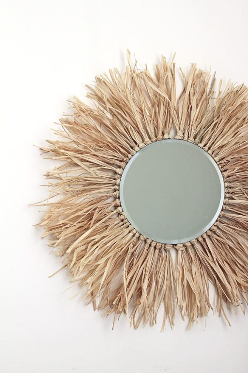 CLose up of Raffia Mirror DIY | Dossier Blog