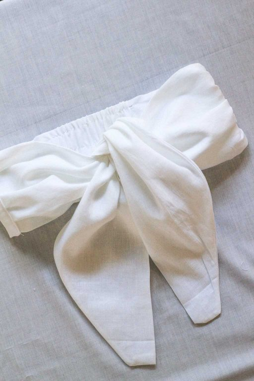 The DIY tie-front bandeau top is complete | Dossier Blog