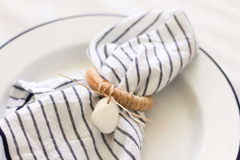 coastal Christmas napkin rings | Dossier Blog