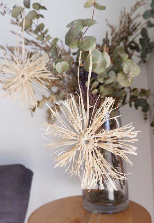 Raffia sunburst tree decorations | Angie Douglas