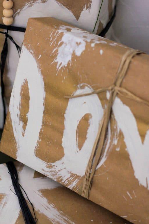 love DIY graffiti wrapping paper | Dossier Blog